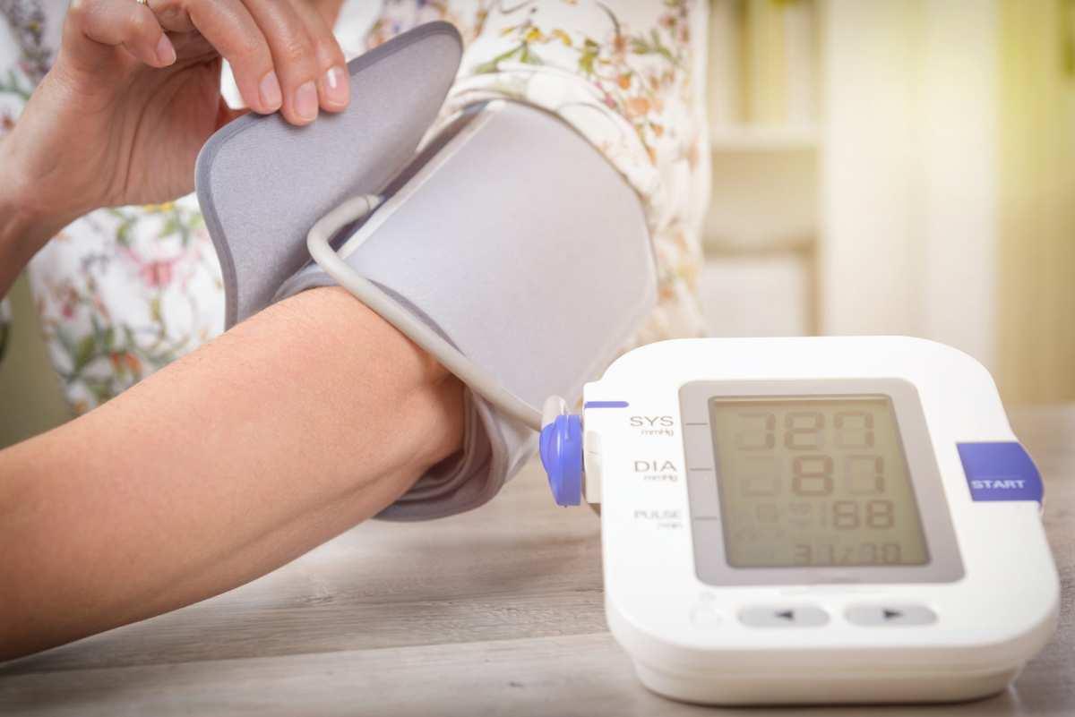 Misuratore di pressione sanguigna arteriosa da braccio e da polso | Sfigmomanometro